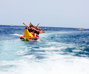 Images and videos of banana boat (13466)